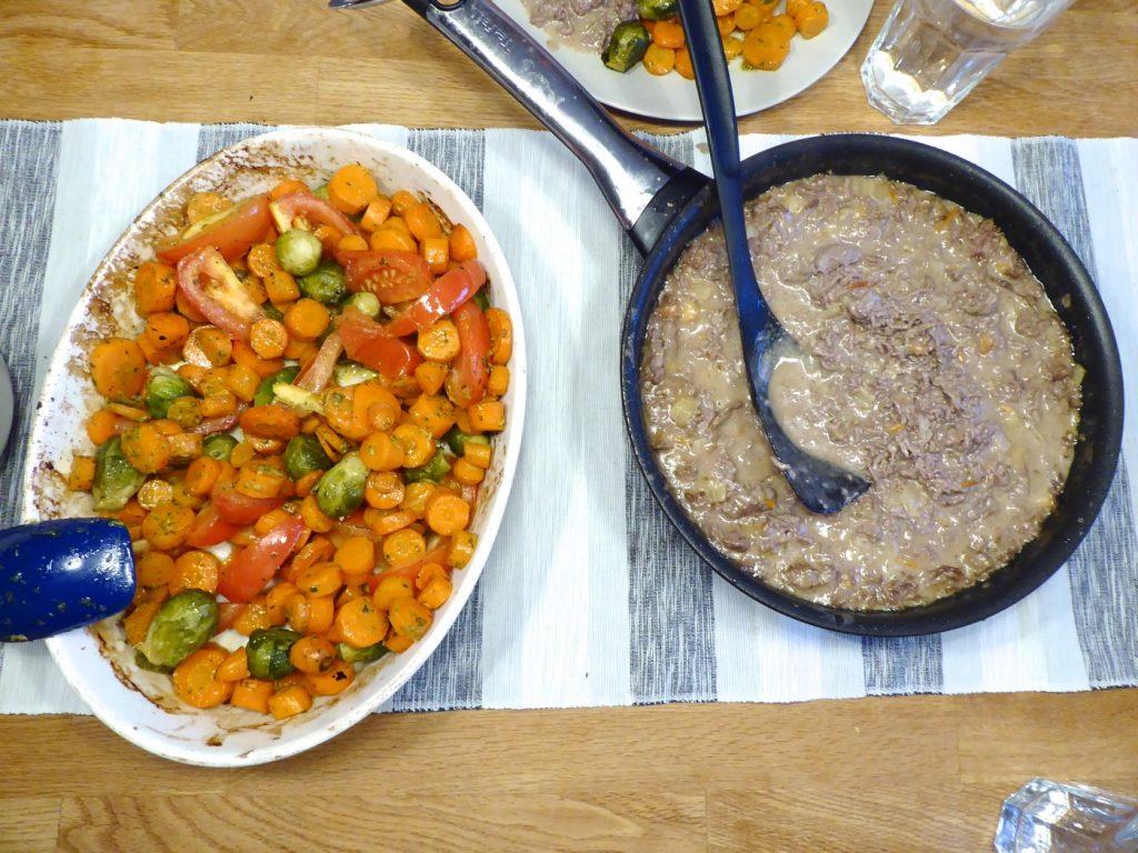 Ugnsbakade morötter med tomat och gremolata var verkligen en hit!