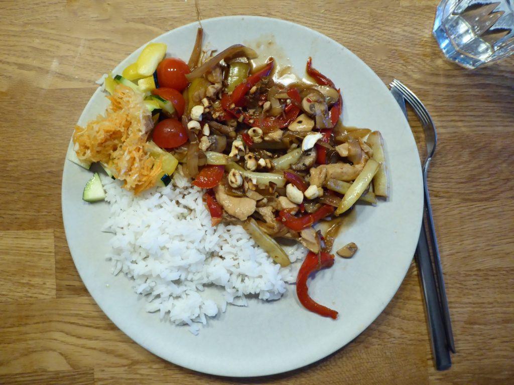 Onsdag - Wok med paprika och purjolök, Bjärekyckling och jasminris