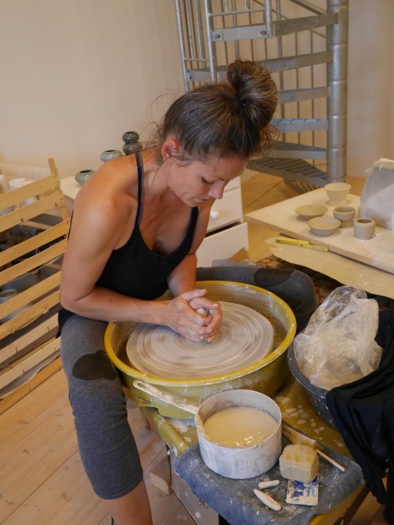 Keramiker Mia Englunds verkstad och butik.