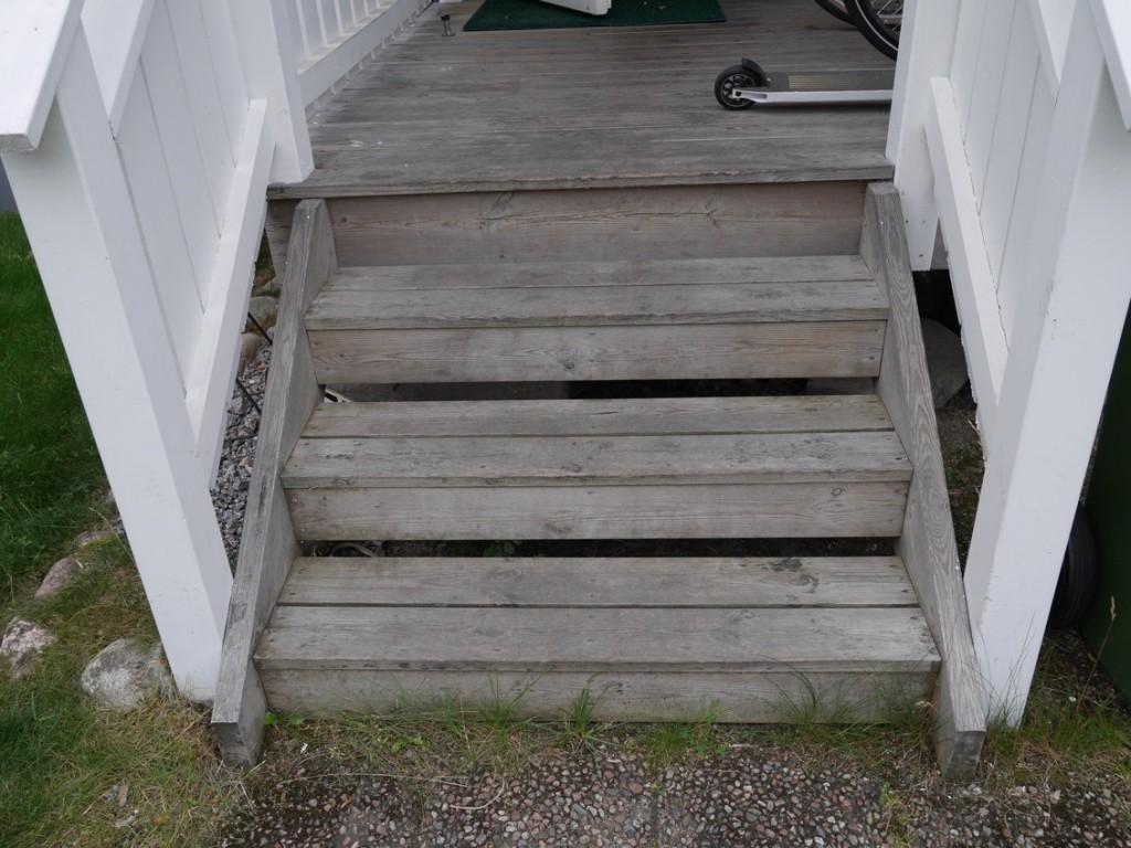 Trappan upp till min ytterdörr kanske fungerar för vissa av övningarna?!