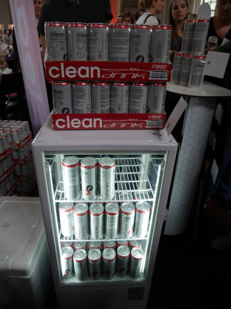 Clean Drink med BCAA-drycken Clean Fit