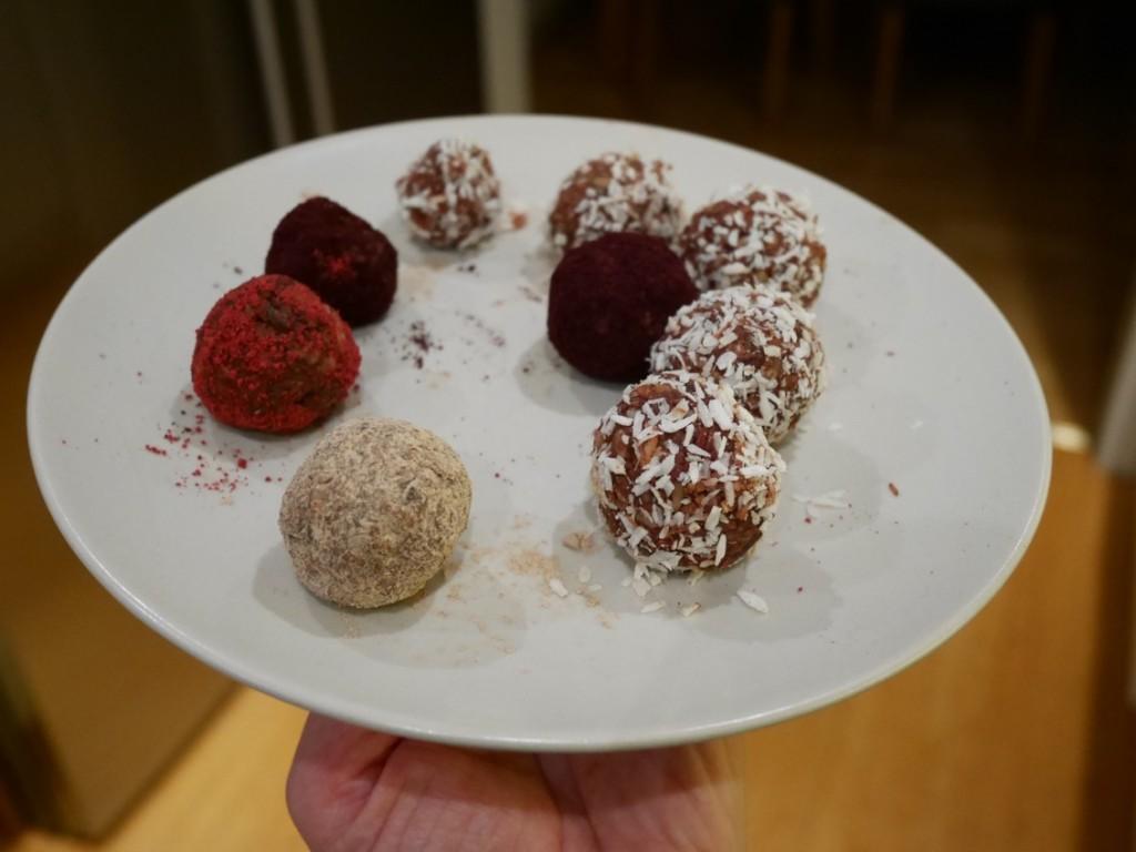 Nyttiga och goda rawfood bollar.