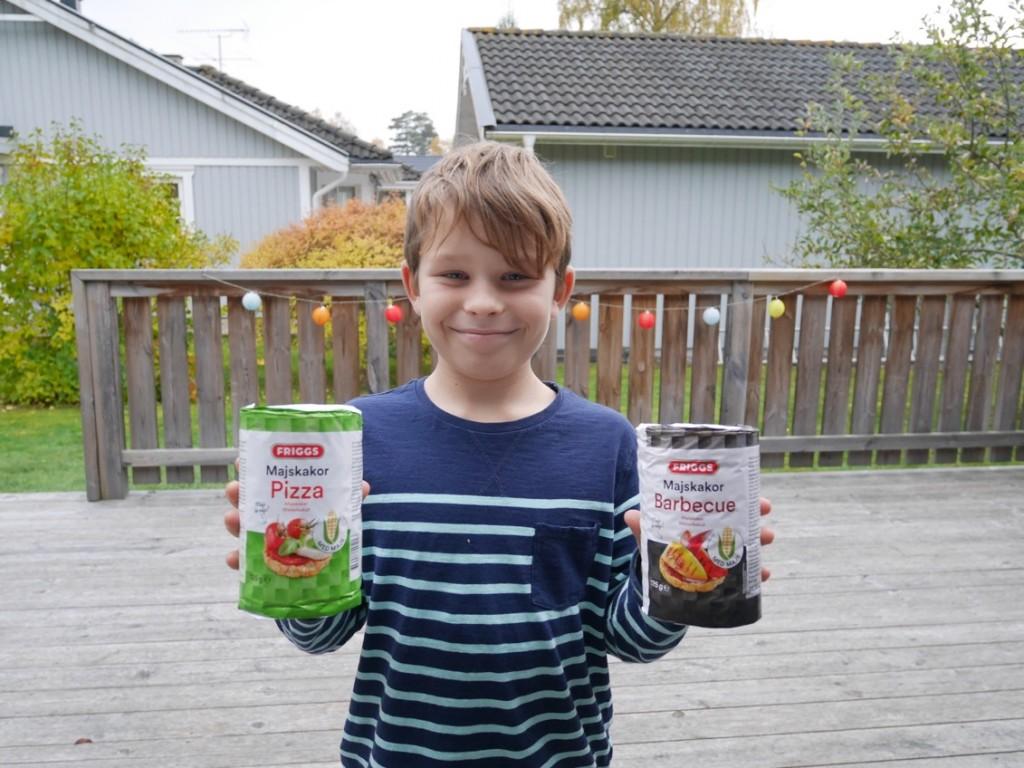 Gustaf älskar smaksatta riskakor!