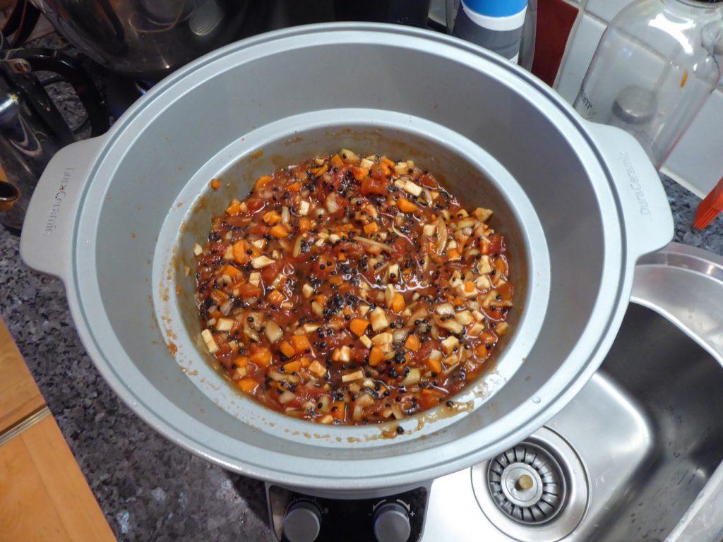 Det här ska bli världens godaste vegetariska bolognese i Crock Pot