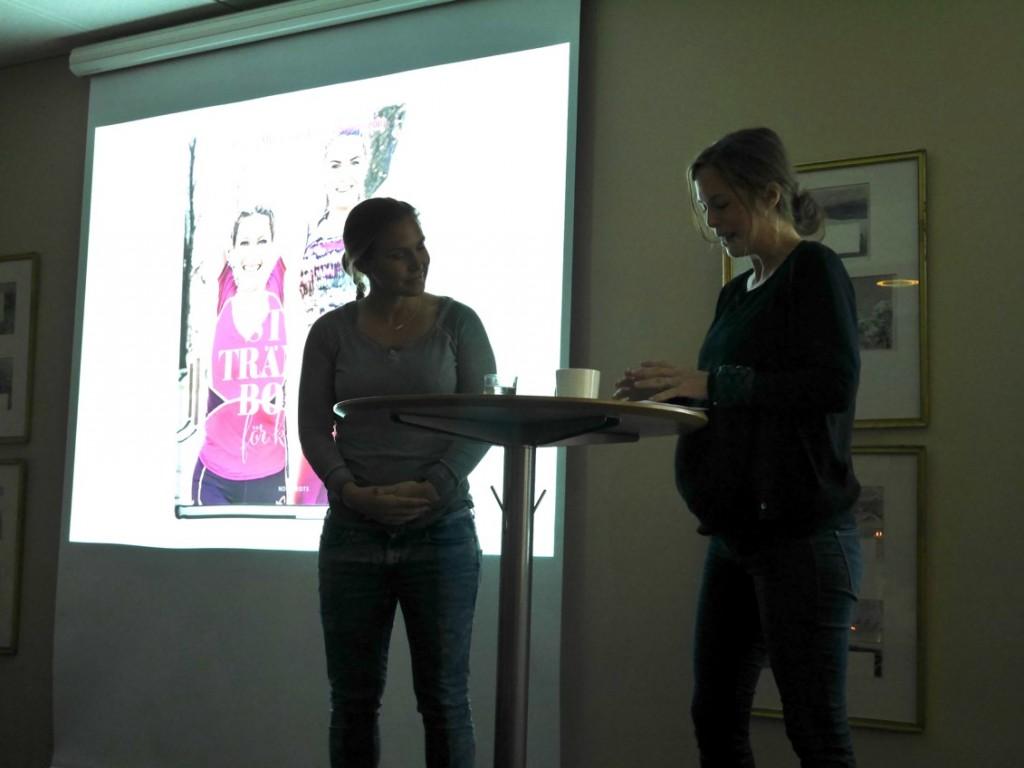 Lovisa Lofsan Sandström samtalar kring sin nya bok Stora träningsboken för kvinnor.