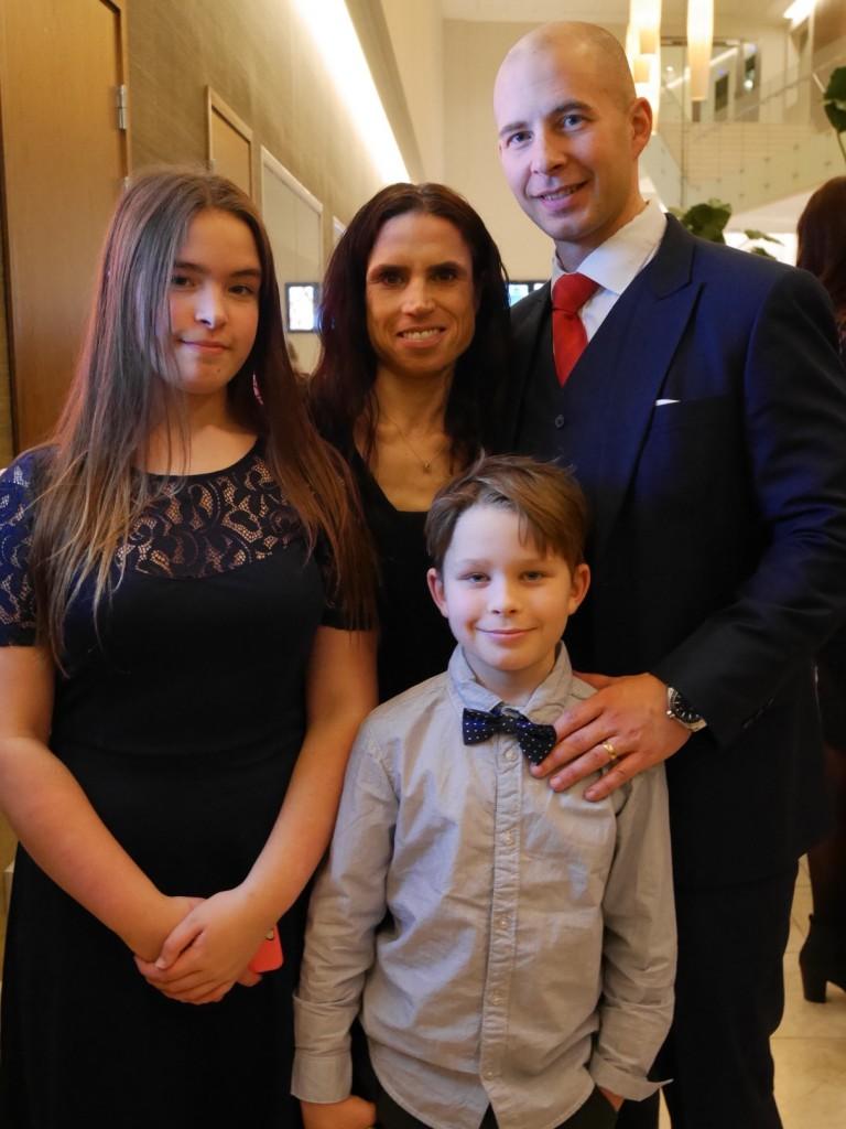 Familjen Sundberg samlad.