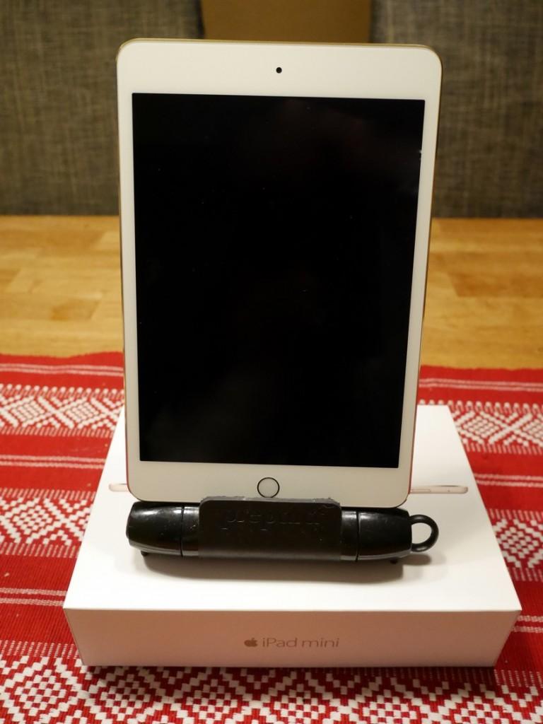 Lycklig vinnare av iPad Mini 4 32 gb