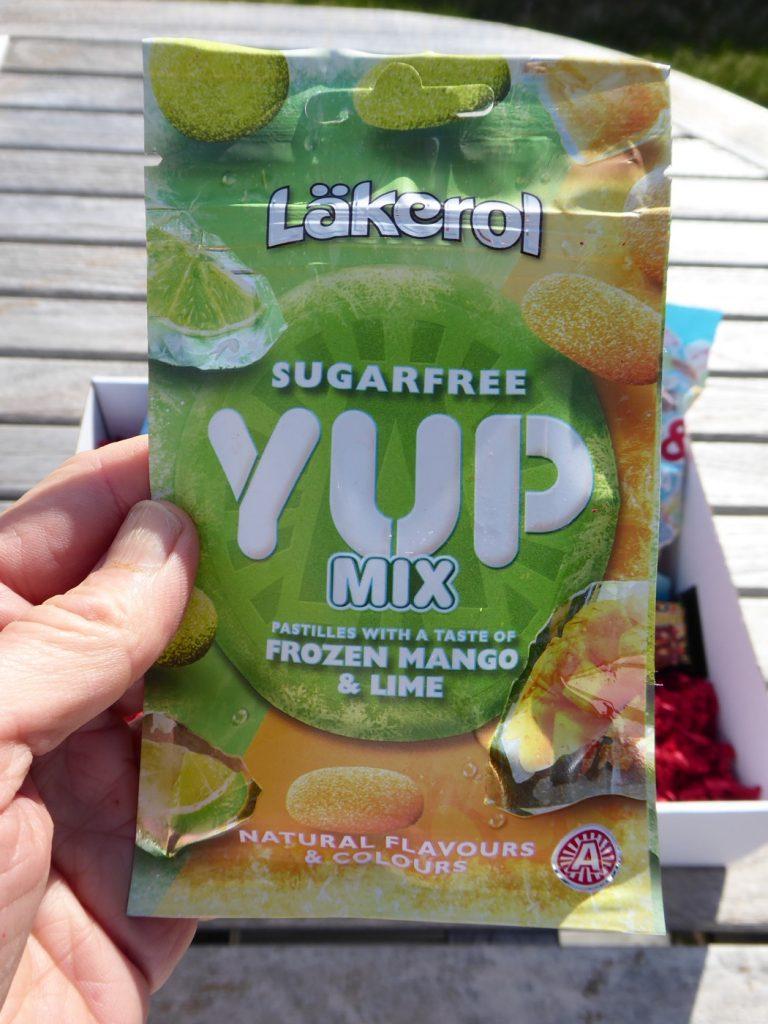Läkerol YUP Mix Frozen Mango & Lime