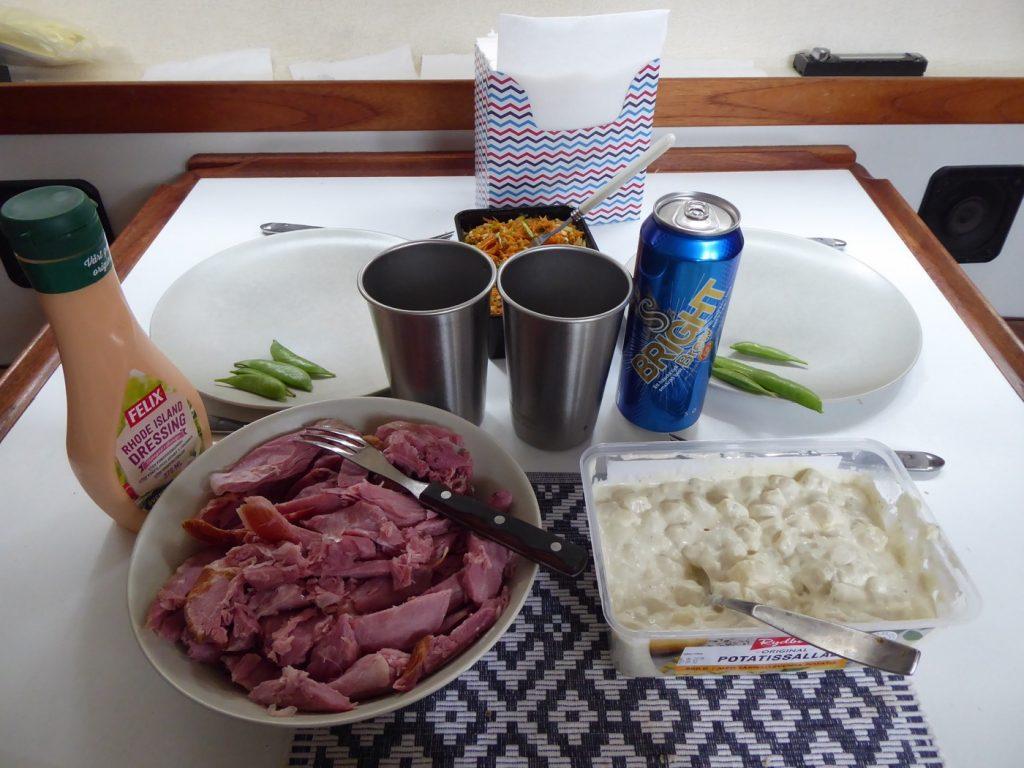 Lunch ombord på båten funkar också.