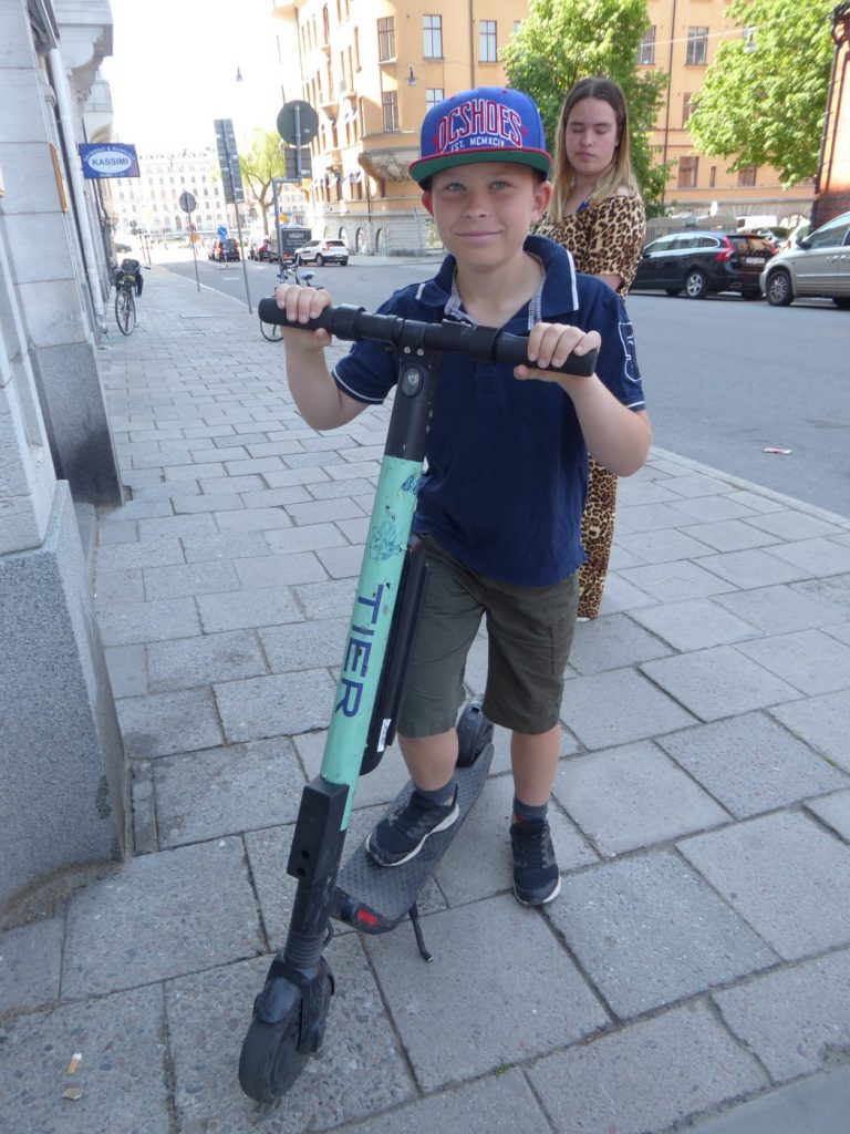 Gus testade elscooter.