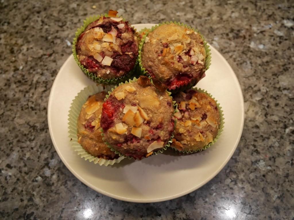 Nyttiga muffins med hallon och kardemumma