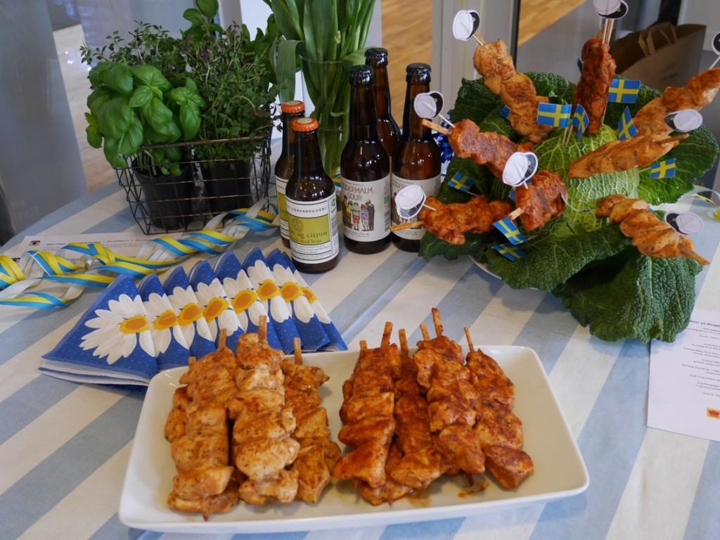 Färdiga kycklingspett - perfekt till vårens alla festligheter!