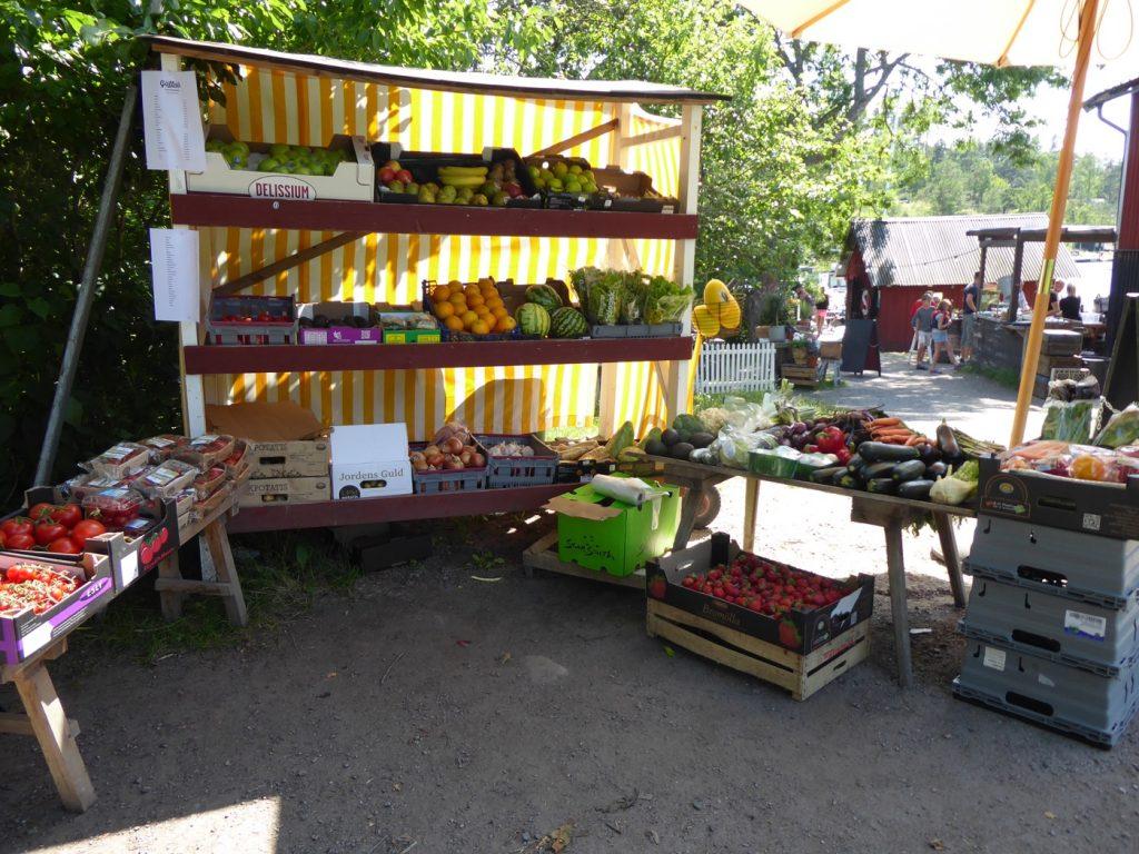 Älskar att shoppa närodlade grönsaker!