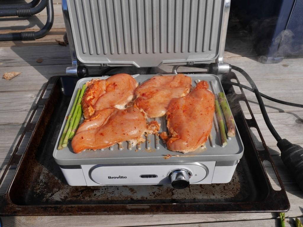 Tunna marinerade minutfiléer går supersnabbt att laga till på grillen.