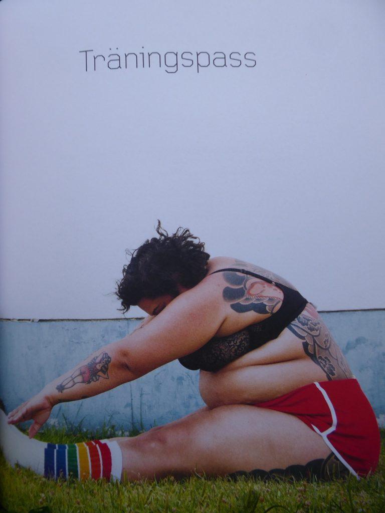Förutom Annas mycket personliga resa innehåller boken förslag på enkla övningar och hur dessa kan sättas ihop till olika träningsprogram.