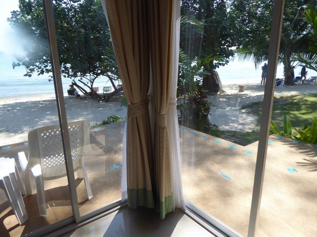 Utsikt från vår strandvilla.