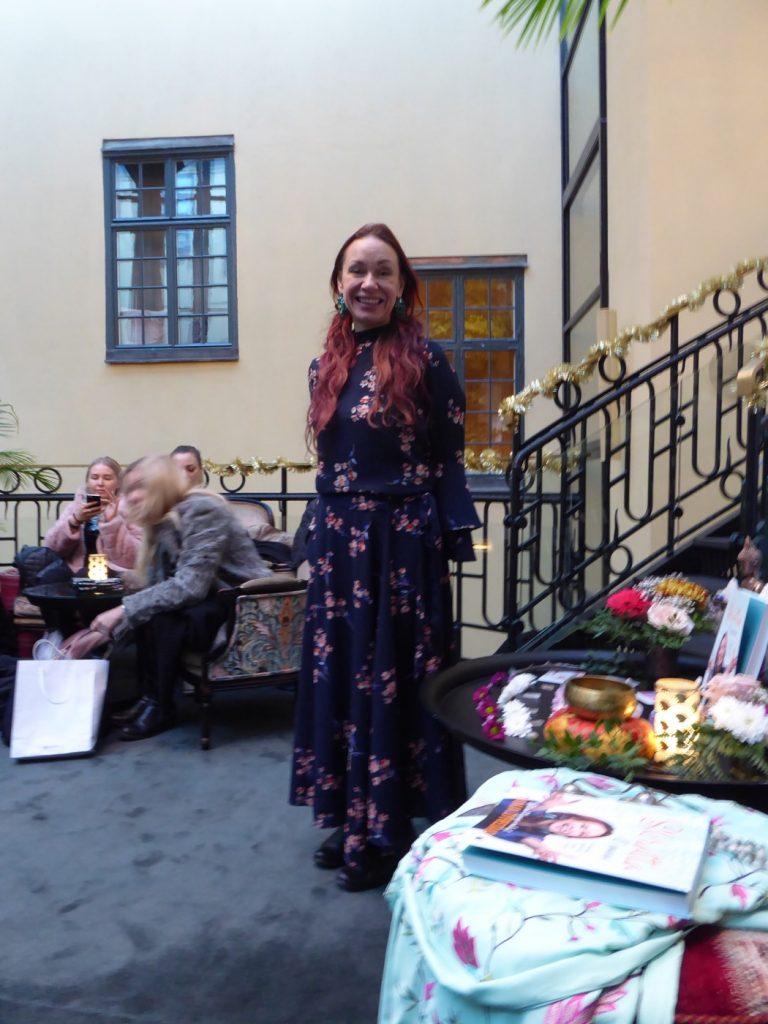 Bokrelease med Tanja Dyredand.
