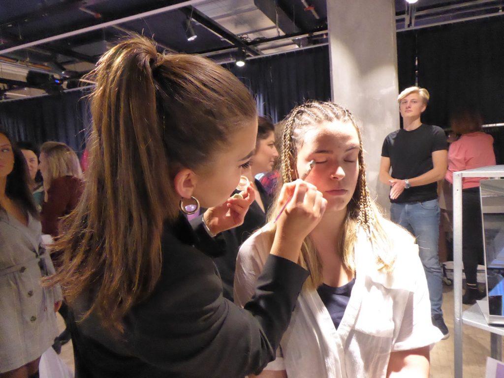 Make up-artisten var verkligen duktig och Filippa blev så nöjd!