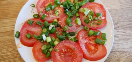 Fräsch och god tomatsallad