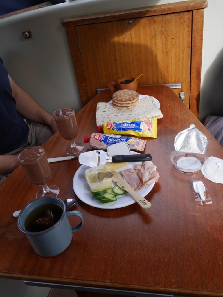 Frukost är serverad!