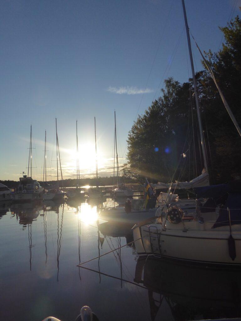 Solnedgångarna vid Eldgarnsö är magiska!
