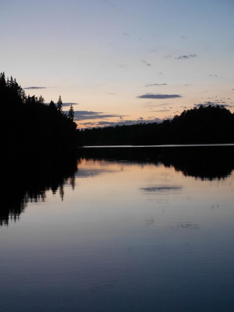 Rosersbergsviken. Vackra sommarkvällar och solnedgångar.