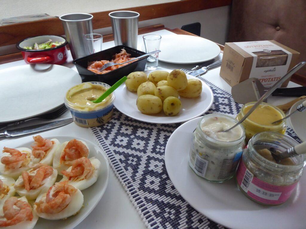 Lunch med tema havets läckerheter!