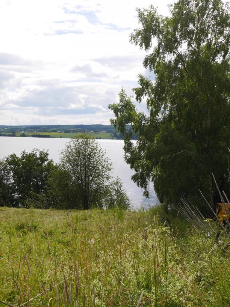 På väg ner till Storsjön.