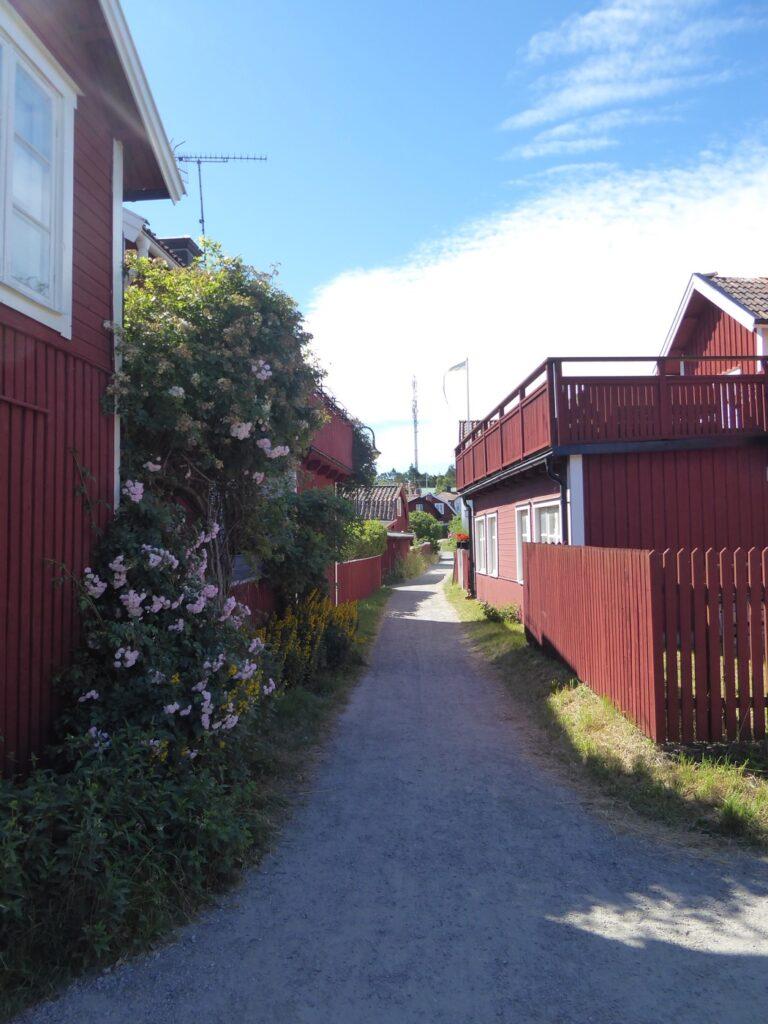 Så mysigt i Sandhamn by.