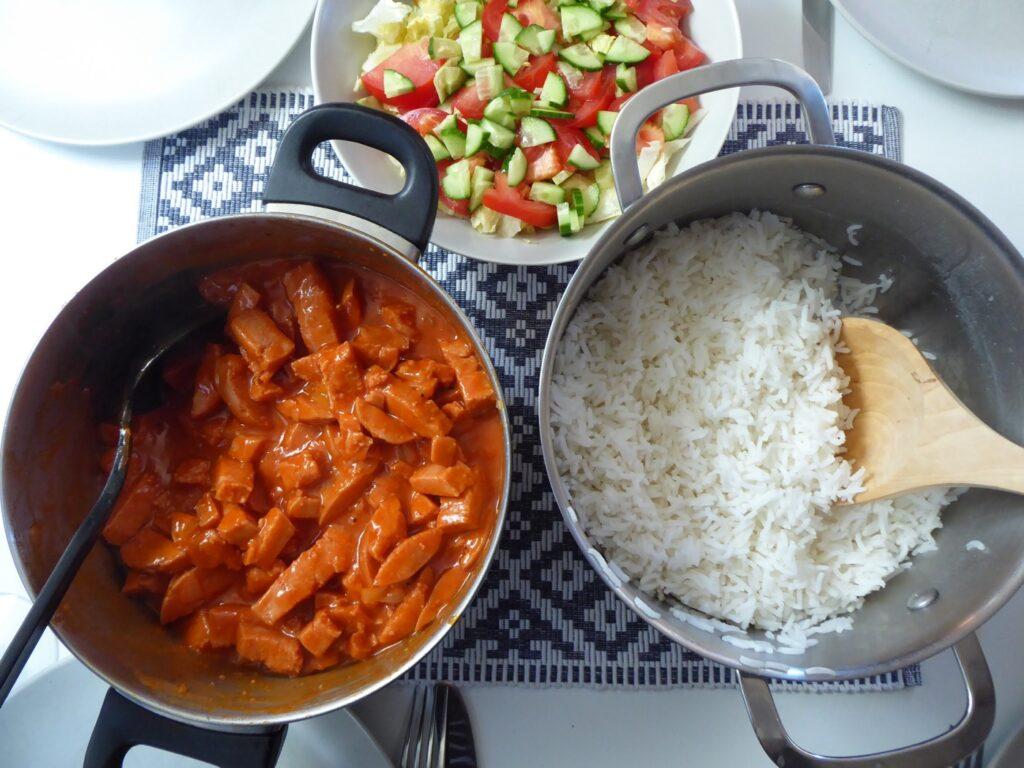 Korv Stroganoff med ris.
