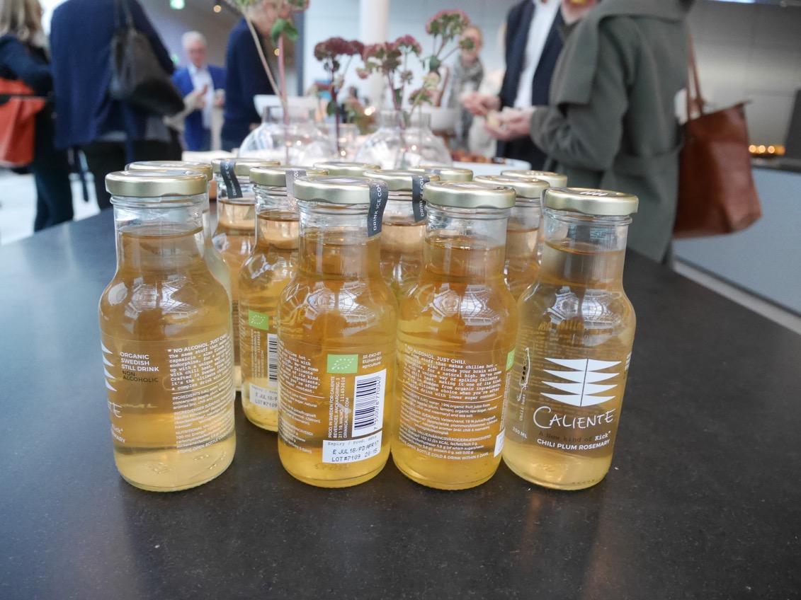 Hälsa - fler och fler väljer bort alkohol mot alkoholfria alternativ.