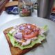 Toast med tonfiskröra