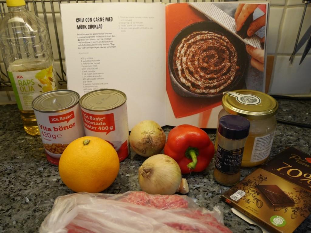 Dags att laga Chili con carne med mörk choklad.