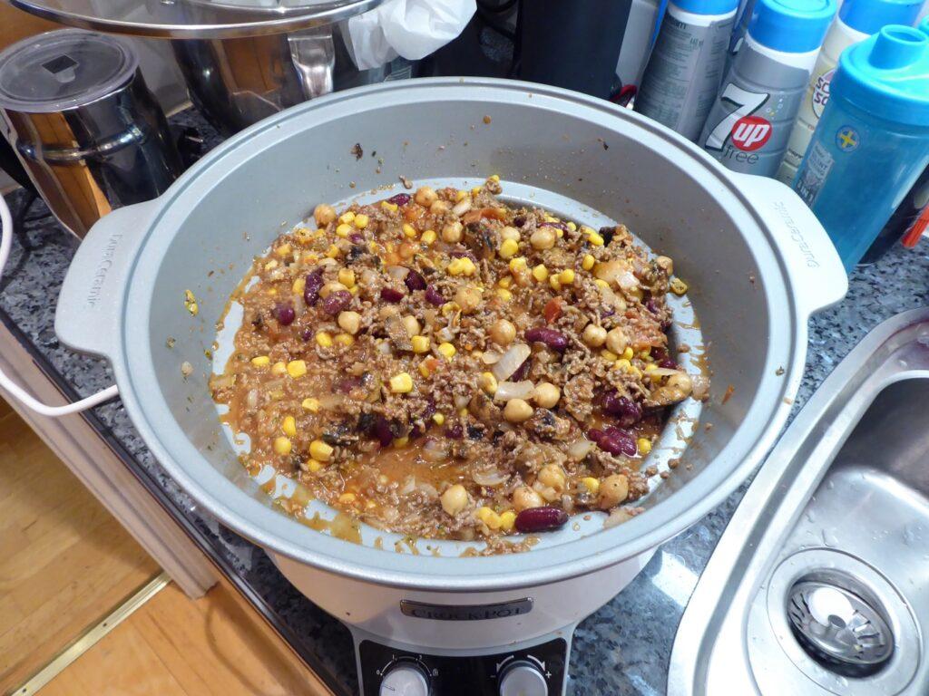 Bara ner med allt i Crock Pot och starta! Maten lagar sig själv!