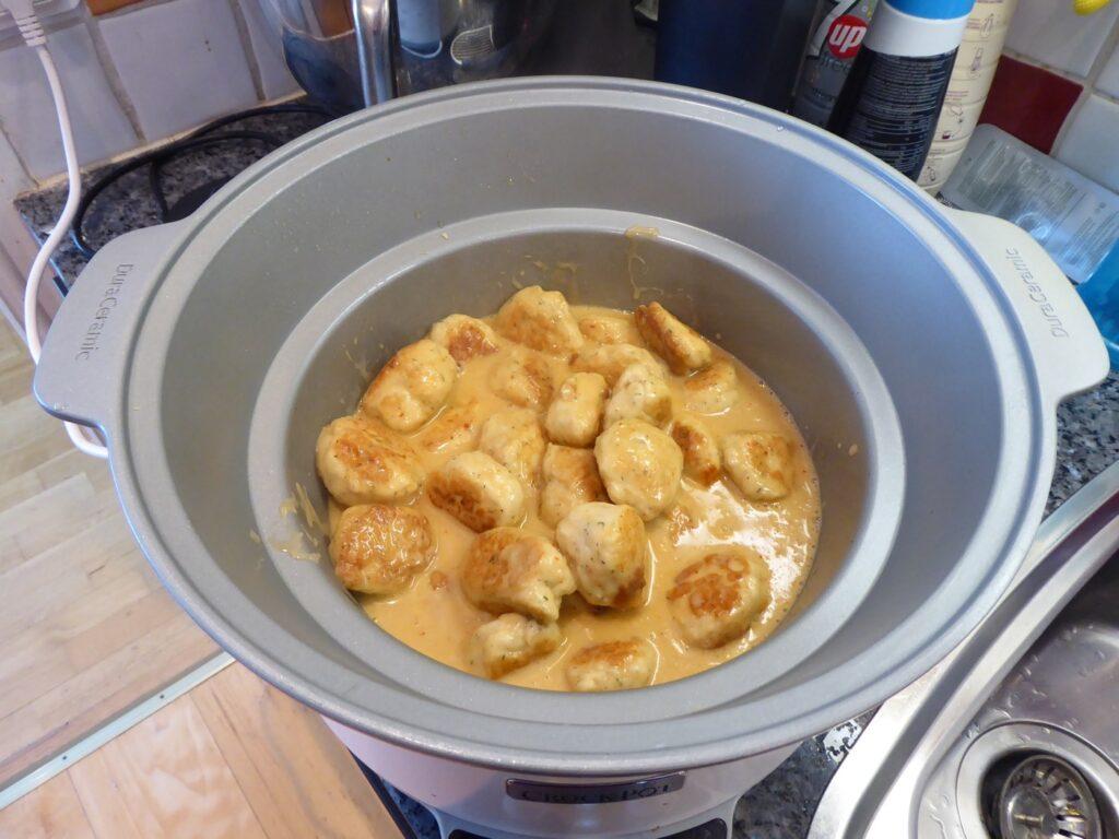 Asiatiska fiskbullar i Crock Pot.