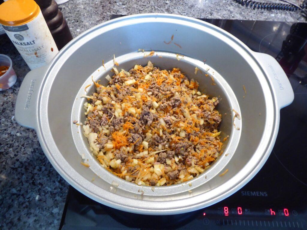 Basen och grunden för stor matlagning är en riktigt god sofritto.