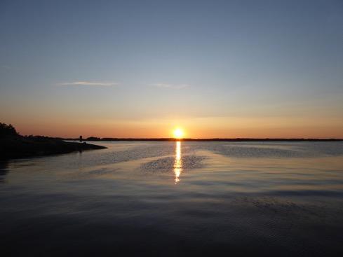 Underbara solnedgångar vid bryggorna på Telegrafholmen.
