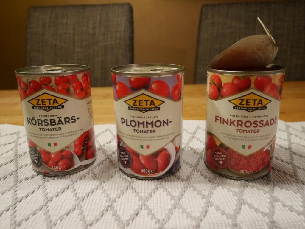 Konserverade tomater från Zeta