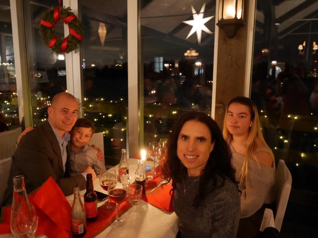 Bästa familjen vid bästa bordet!