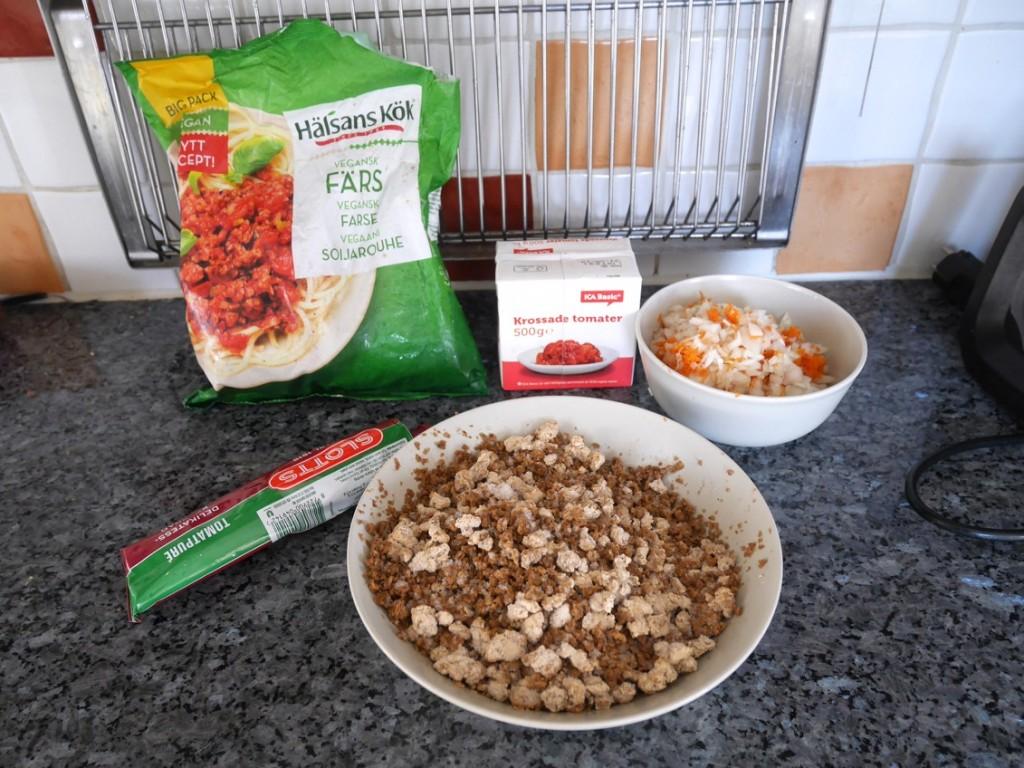 Ingredienser till en vegansk färssås i Crock Pot