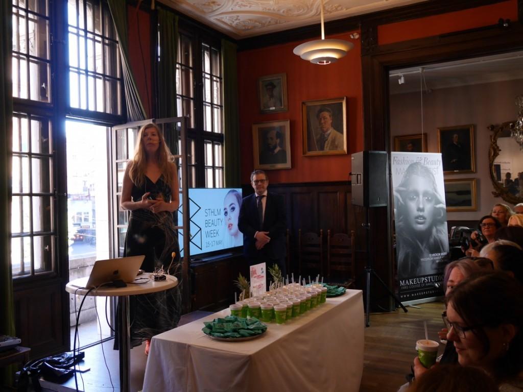 Projektledare Maria Forssén presenterade alla utställarna på morgonens pressfrukost.