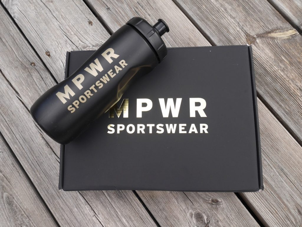 Paket från MPWR Sportswear