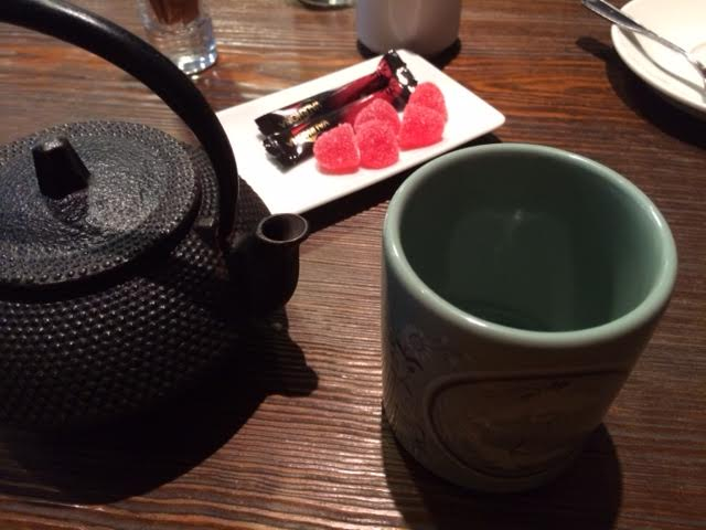Te och lite godis