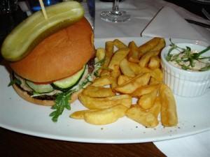 Holiday Clubs hamburgertallrik