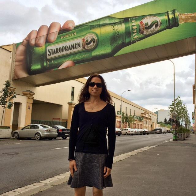 Ett besök på Staropramen bryggeriet rekommenderas